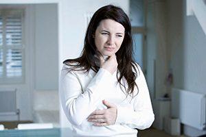 Halsschmerzen – Welche Hausmittel helfen?